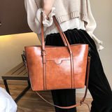 handbags/shoulder bags